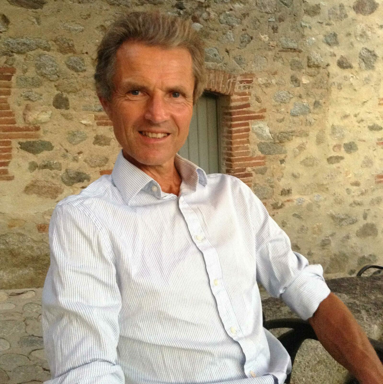 David Lorimer, MA, PGCE, FRSA