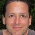 Profile photo of Yuval Simonov